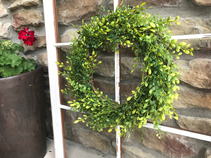 Faux Boxwood Wreath COMPLETE