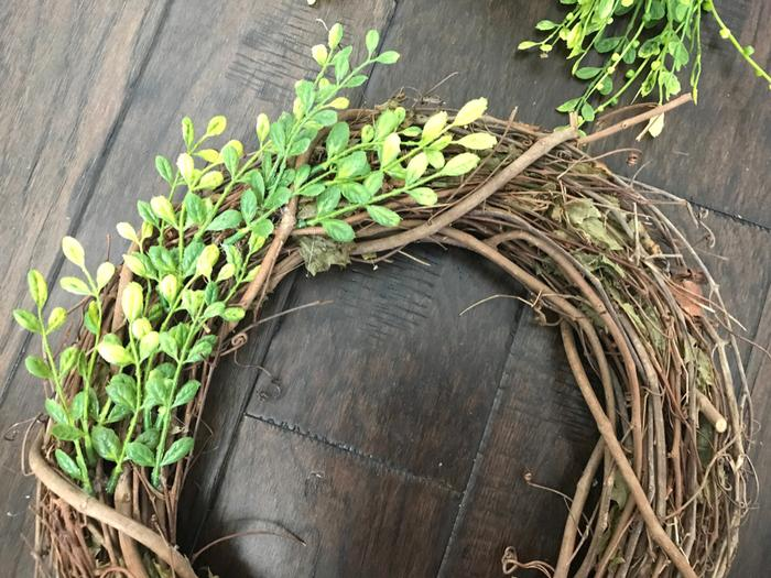 Faux Boxwood Wreath GLUING GREENERY