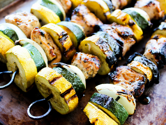Garlic Balsamic Chicken Kabobs by The Whole Cook horizontal(1)
